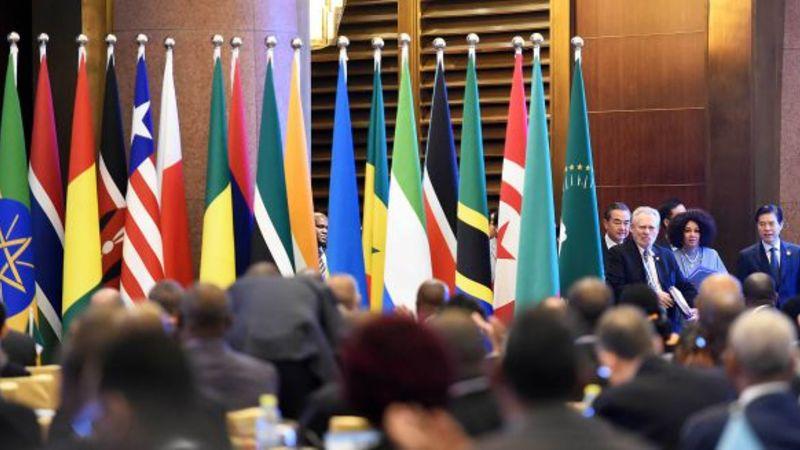 China gifts SA with R370bn